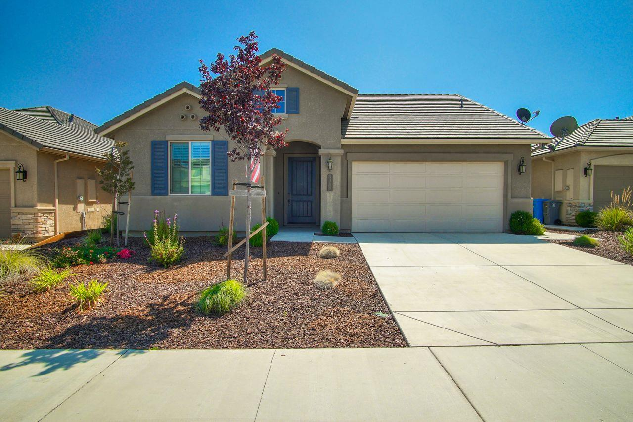 Detail Gallery Image 1 of 1 For 1569 Foxtail Ct, Hollister,  CA 95023 - 3 Beds | 2 Baths