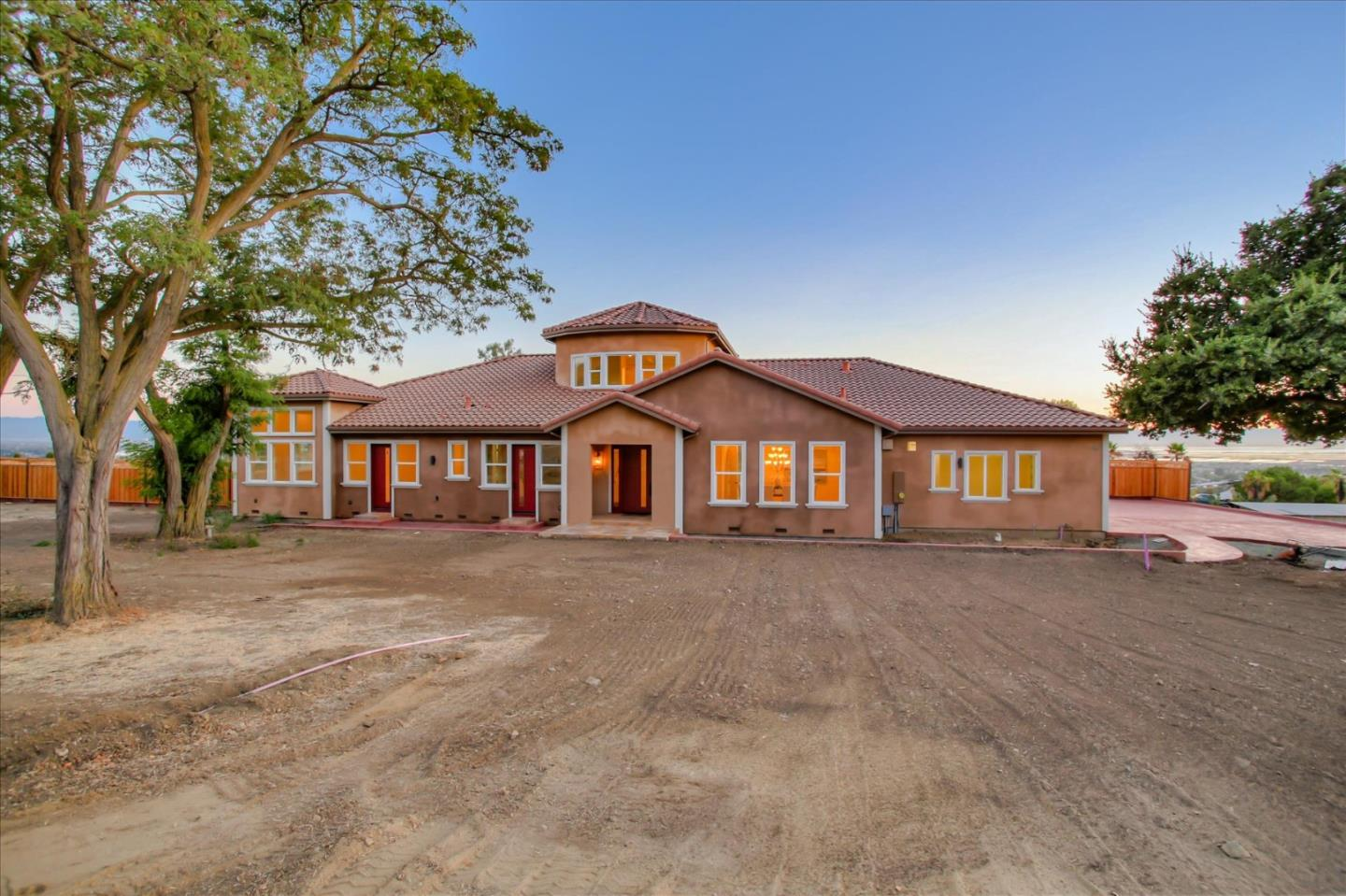 Detail Gallery Image 1 of 99 For 1499 Countryside Ct, Milpitas,  CA 95035 - 4 Beds | 4/2 Baths