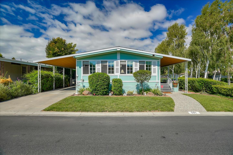 Detail Gallery Image 1 of 33 For 531 Millpond Dr #531,  San Jose,  CA 95125 - 2 Beds   2 Baths