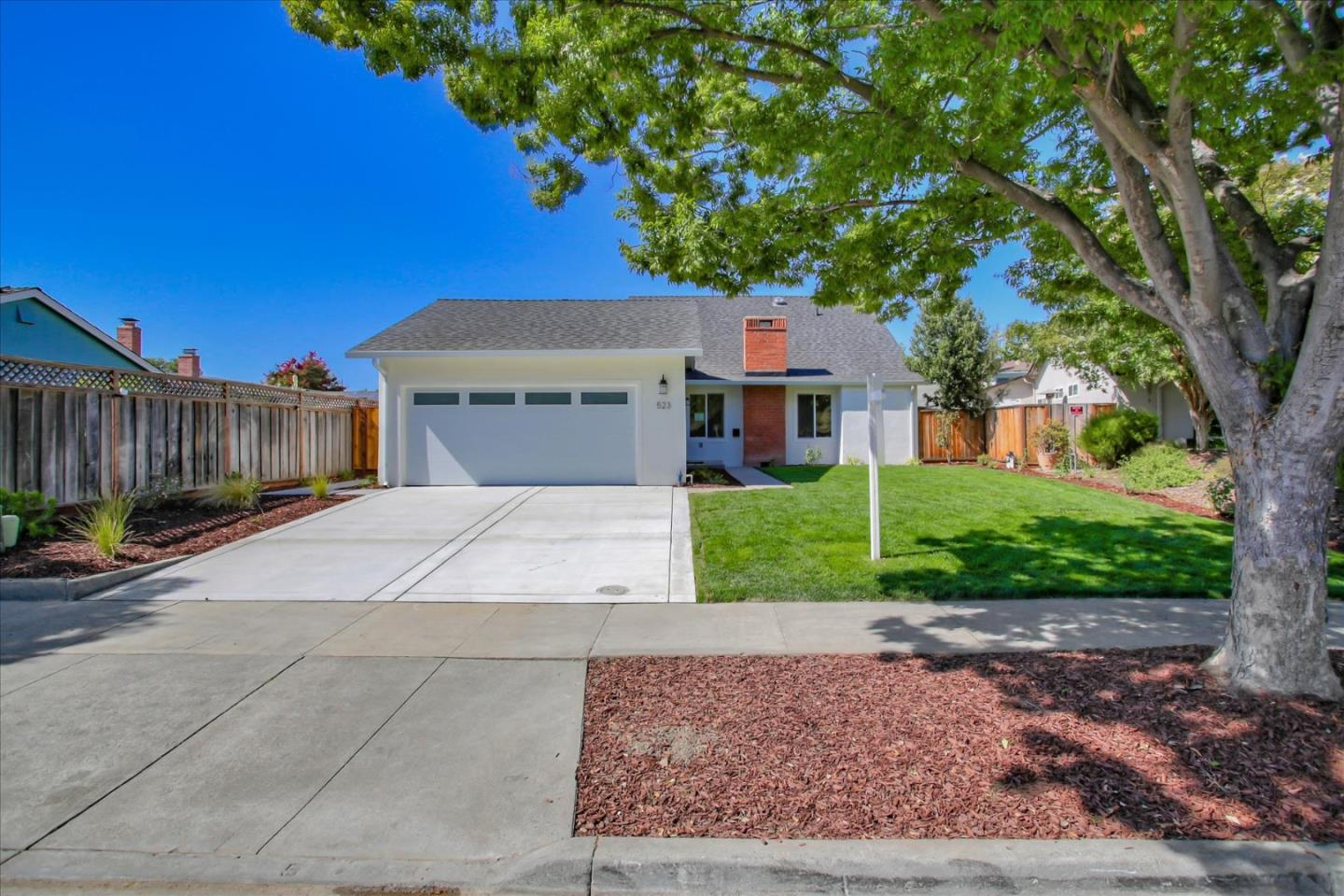 Detail Gallery Image 1 of 1 For 523 Curie Dr, San Jose,  CA 95123 - 4 Beds | 2 Baths