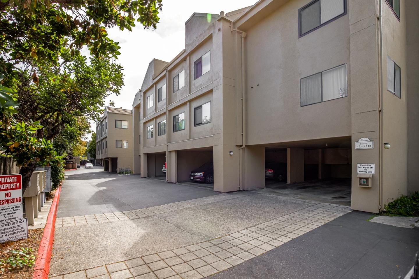 Detail Gallery Image 1 of 19 For 250 River St #432,  Santa Cruz,  CA 95060 - 2 Beds | 1 Baths