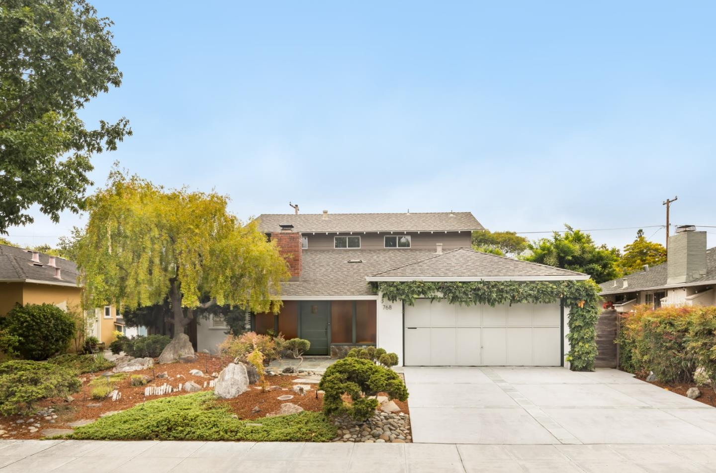 Detail Gallery Image 1 of 25 For 768 Greer Rd, Palo Alto,  CA 94303 - 5 Beds | 2 Baths