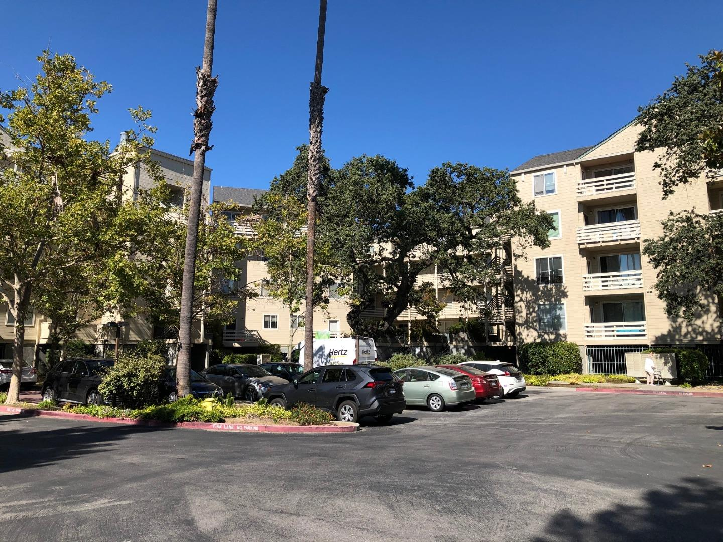 Conveniently located in heart of Sunnyvale, Walking distance to bus stops, shops, restaurants and Sunken Garden Golf Course, yet quiet and private End unit!! Minutes to Sunnyvale Community Center, Ponderosa Park, Apple Campus, Major Tech Companies, Downtown Sunnyvale with easy access to Lawrence Expressway, Central Expressway, and Highways 85/280.   This gorgeous condo features two bedrooms, two full bathrooms, wonderful open floor plan that a spacious living room, dining area, and large kitchen with bar seating.  Large master bedroom with en-suite bathroom, walk-in closet, and access to the patio area. Spacious second bedroom, second bathroom and spacious in-unit laundry room.   The complex offers a pool, spa, clubhouse, One assigned parking (with storage space) in the underground garage, plus ample guest parking spaces throughout complex*  Completion of the balcony construction project before September by HOA.