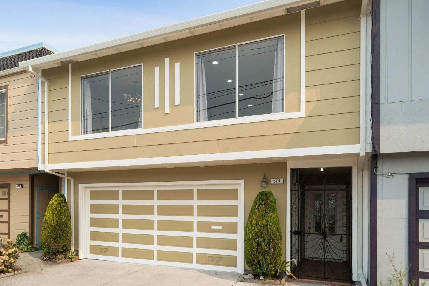 Detail Gallery Image 1 of 1 For 575 Price St, Daly City,  CA 94014 - 4 Beds | 2 Baths