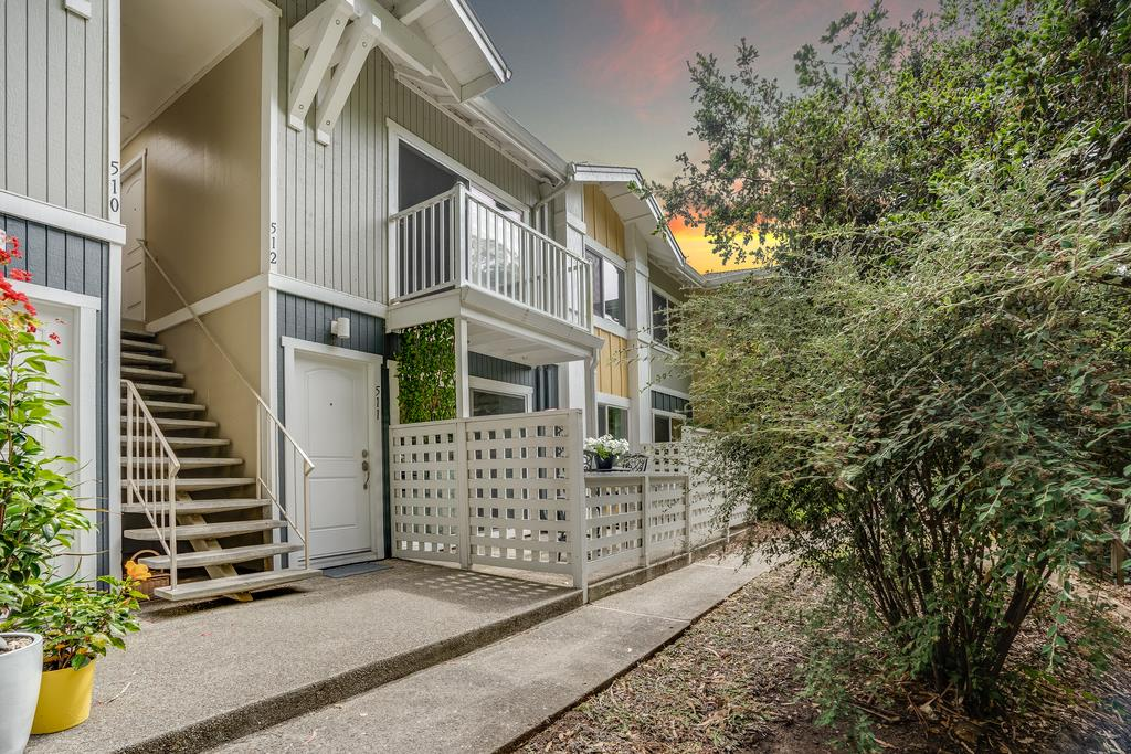 Detail Gallery Image 1 of 1 For 755 14th Ave #511,  Santa Cruz,  CA 95062 - 2 Beds   1 Baths