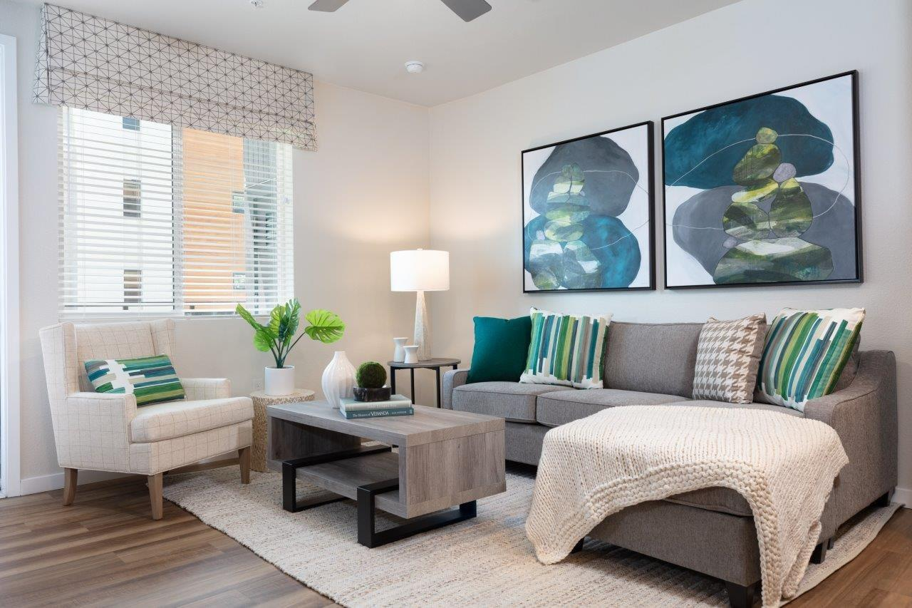 Detail Gallery Image 1 of 15 For 190 N Winchester Blvd, Santa Clara,  CA 95050 - 2 Beds | 2 Baths
