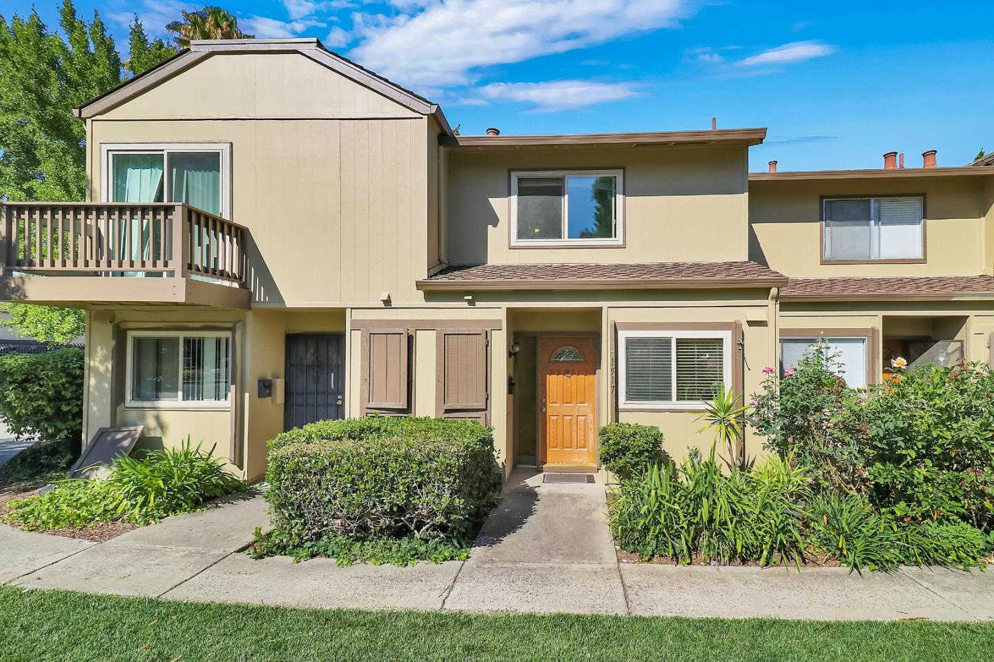 Detail Gallery Image 1 of 1 For 1917 Landess, Milpitas,  CA 95035 - 2 Beds | 1/1 Baths