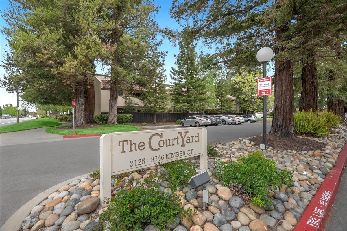 Detail Gallery Image 1 of 26 For 3242 Kimber Ct #42,  San Jose,  CA 95124 - 2 Beds | 1 Baths