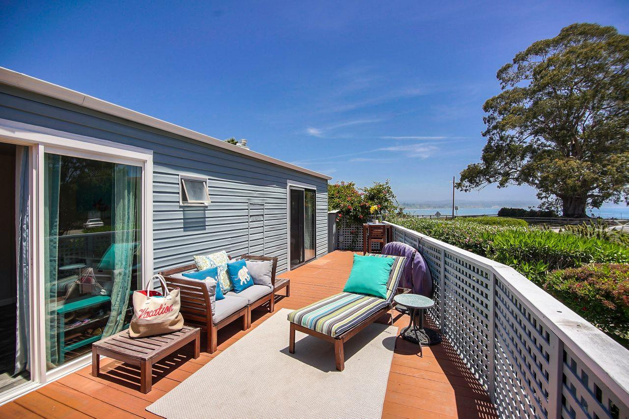 Detail Gallery Image 1 of 1 For 750 47th Ave #2,  Capitola,  CA 95010 - 2 Beds | 1 Baths