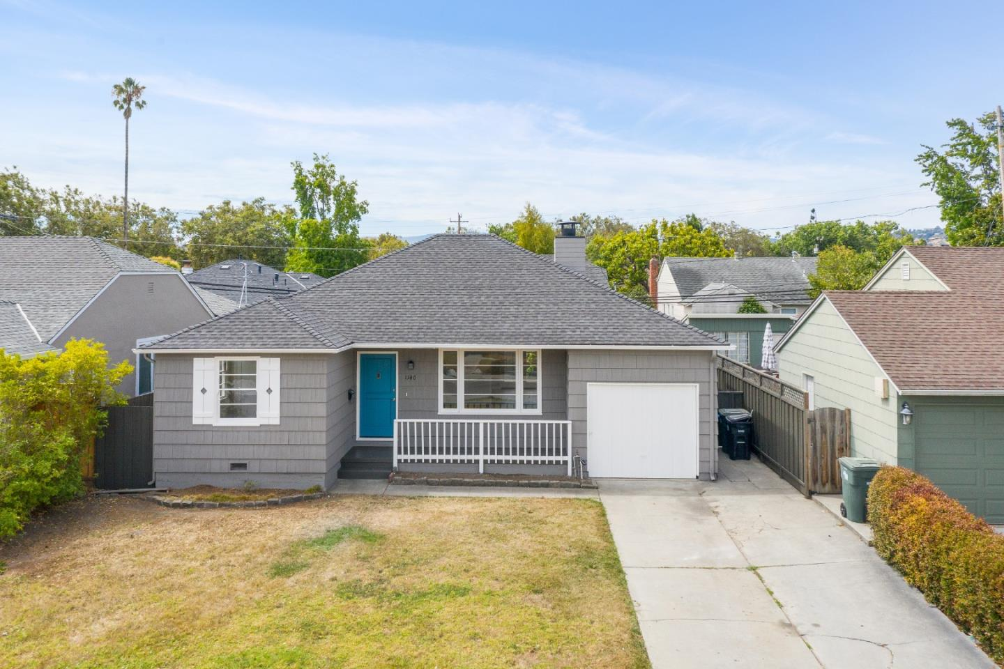 Detail Gallery Image 1 of 1 For 1140 Hawthorne Dr, San Mateo,  CA 94402 - 3 Beds | 1 Baths