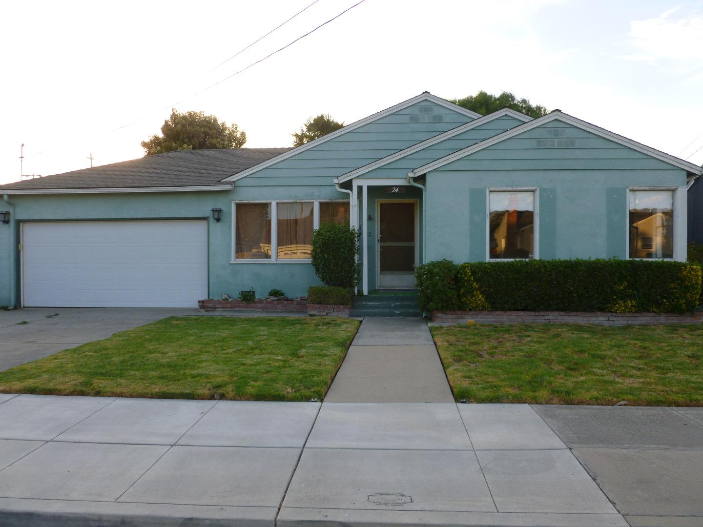 Detail Gallery Image 1 of 1 For 24 Cedros Ave, Salinas,  CA 93901 - 2 Beds   1 Baths
