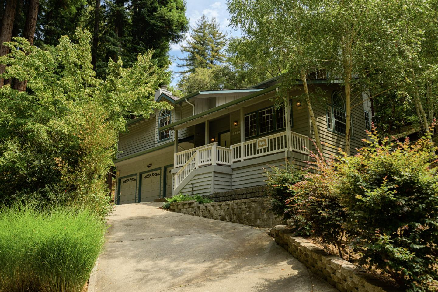 Detail Gallery Image 1 of 1 For 6456 Scotts Valley Dr, Scotts Valley,  CA 95066 - 4 Beds | 2/1 Baths
