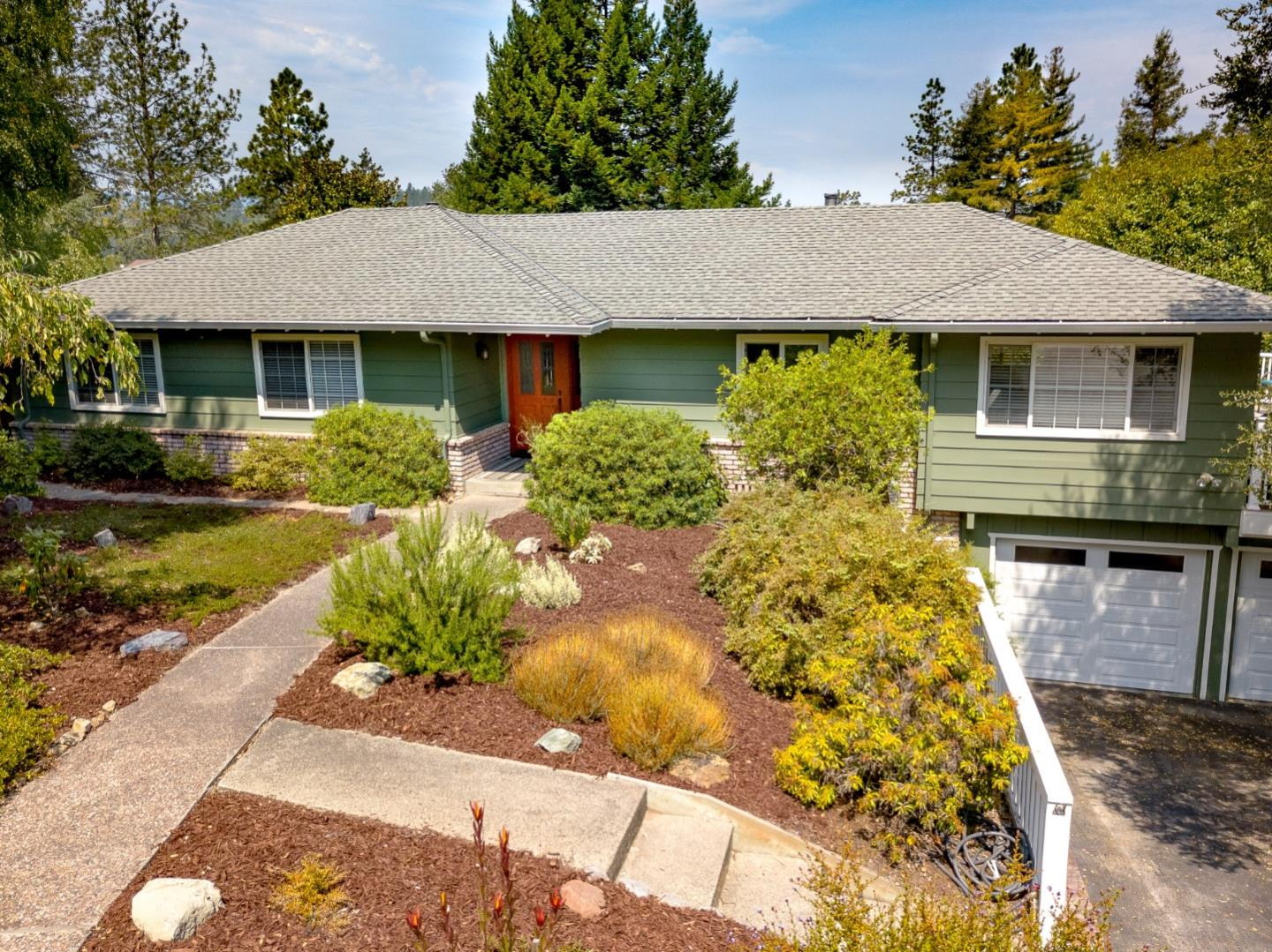 Cul de sac location in the Whispering Pines neighborhood. 3 bed, 3 full baths. Meticulously maintained and updated.  The main level has 3 bed 2 baths, family and living room, separate dining area and breakfast bar in the kitchen. Large deck to take in the view and amazing sunsets and sunrises. The downstairs room has a full bath, used as 4th bedroom/ office could be a possible rental, it has a door to the backyard. Backyard beautifully landscaped and space well utilized.  Extra deep 2 car garage.
