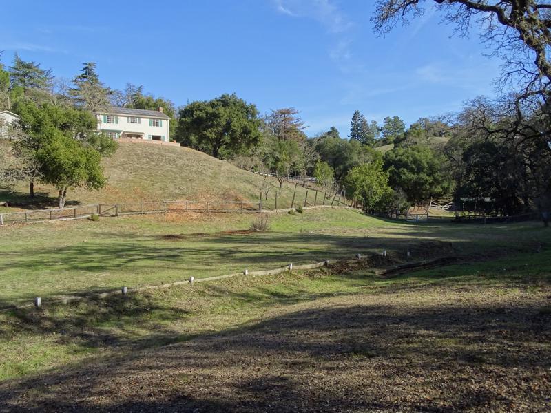 23219 Ravensbury AVE Los Altos Hills CA 94024