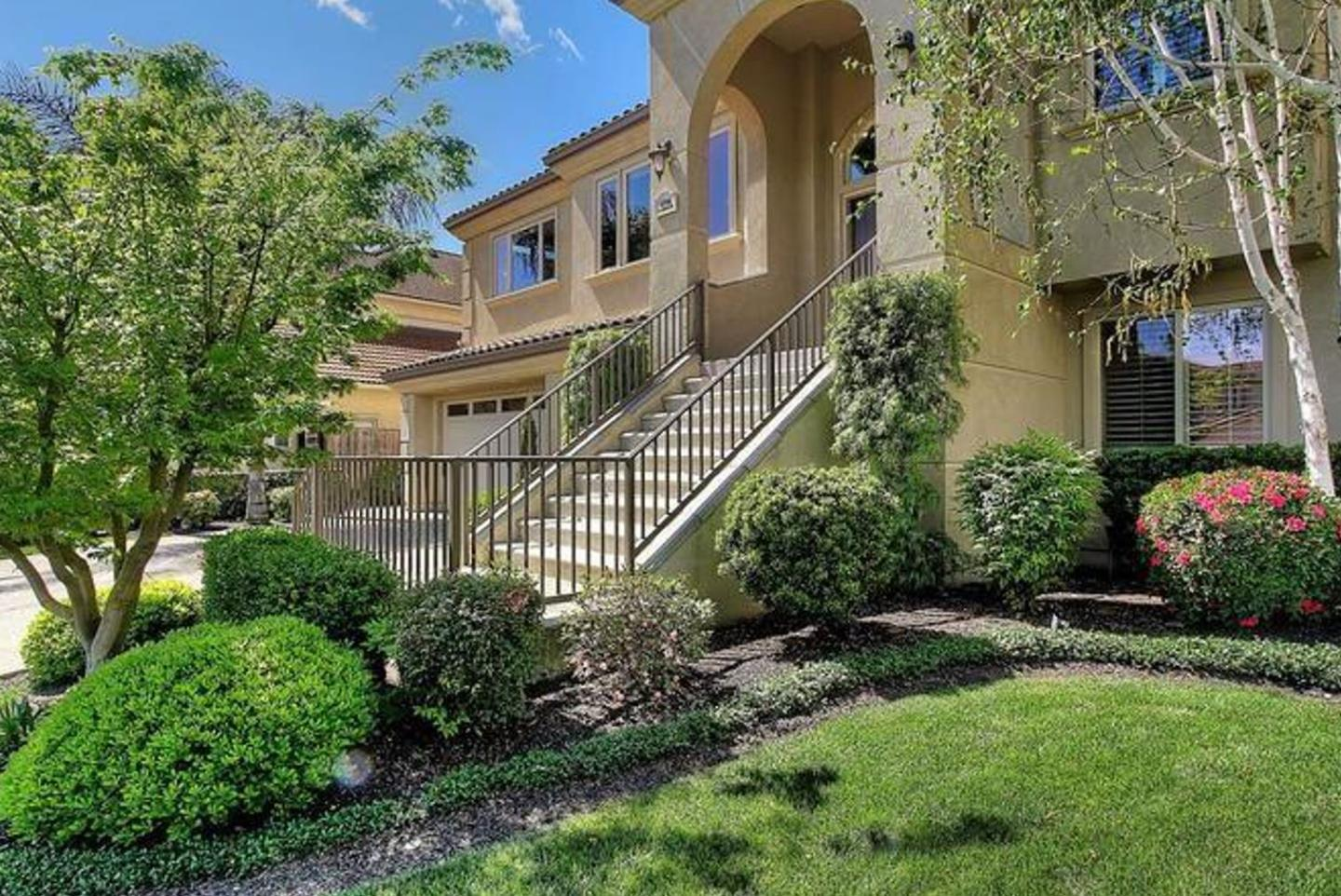 Detail Gallery Image 1 of 1 For 5764 Saint Andrews Dr, Stockton,  CA 95219 - 3 Beds | 2/1 Baths