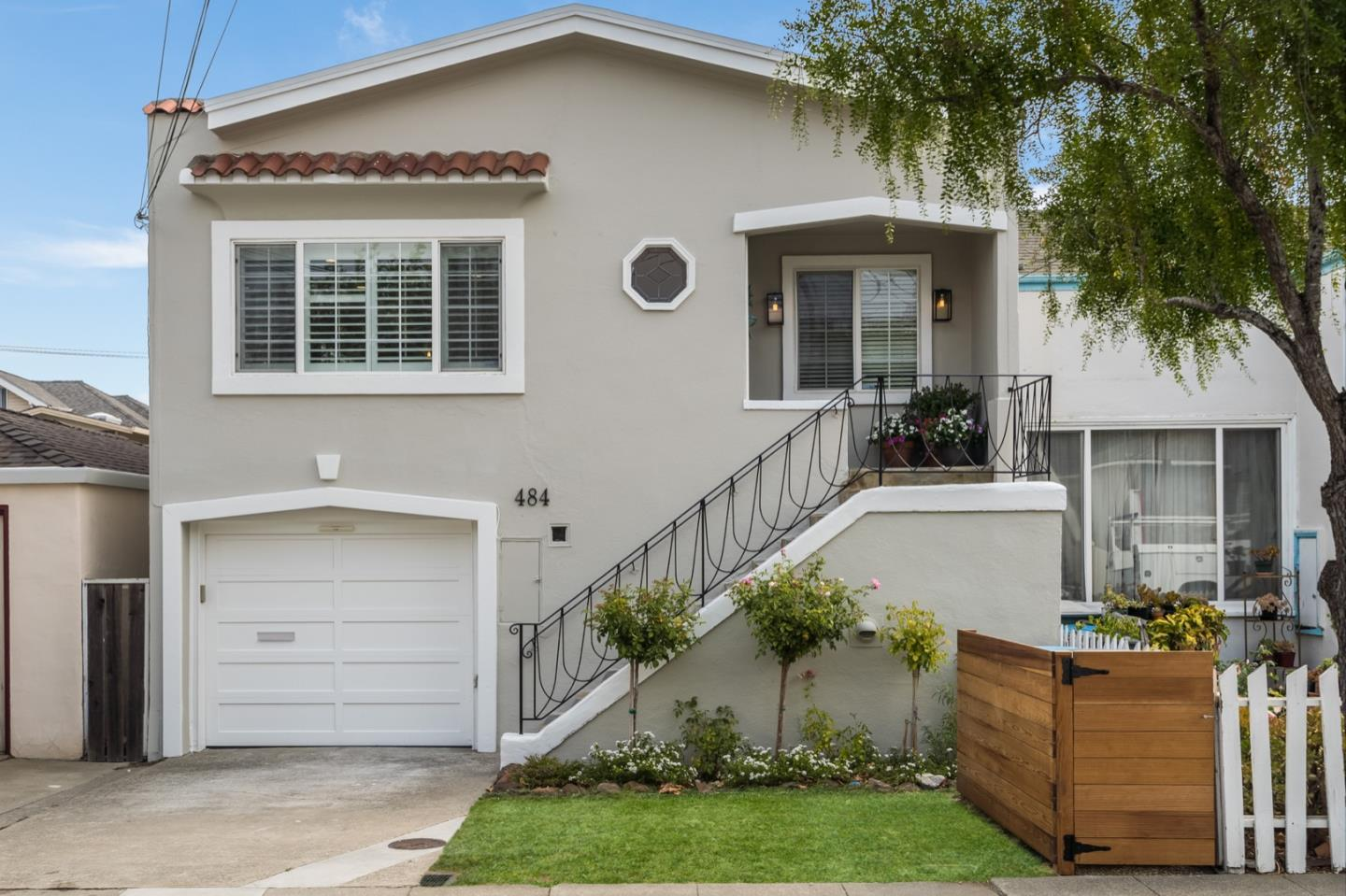 Detail Gallery Image 1 of 1 For 484 Acacia Ave, San Bruno,  CA 94066 - 3 Beds | 2 Baths