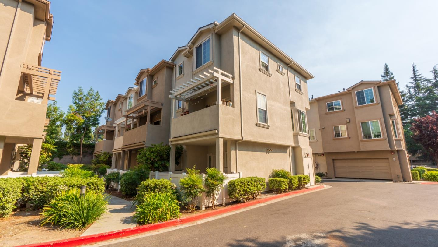 Detail Gallery Image 1 of 1 For 735 Northrup St, San Jose,  CA 95126 - 3 Beds   2/1 Baths