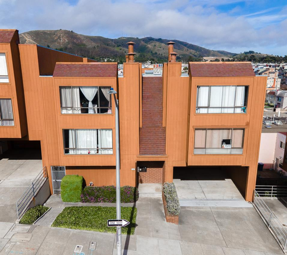 Detail Gallery Image 1 of 1 For 291 County St #B,  Daly City,  CA 94014 - 3 Beds | 2 Baths