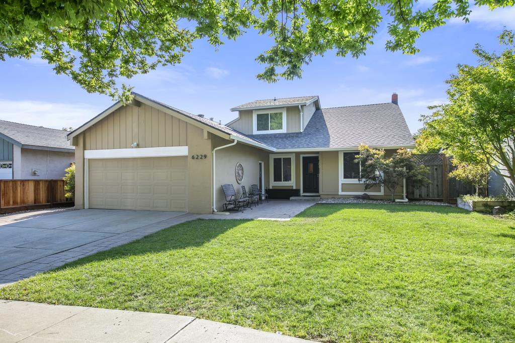 Detail Gallery Image 1 of 1 For 6229 Mahan Dr, San Jose,  CA 95123 - 4 Beds   2 Baths