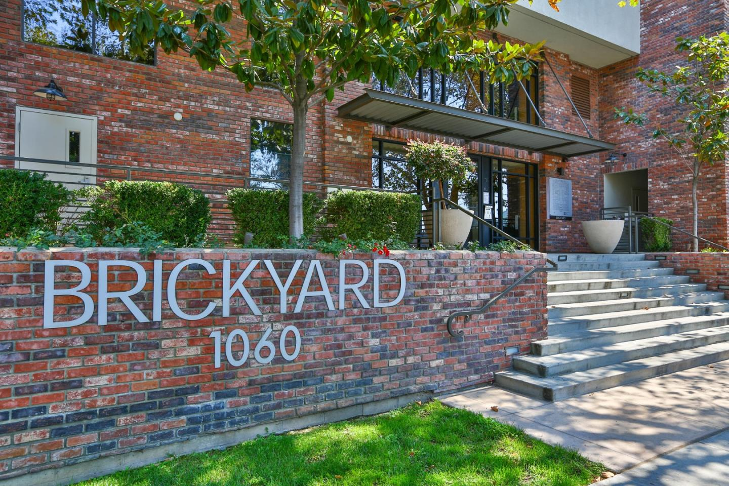 Detail Gallery Image 1 of 44 For 1060 S 3rd St #315,  San Jose,  CA 95112 - 2 Beds | 2 Baths