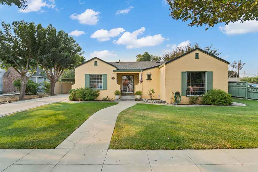 Detail Gallery Image 1 of 41 For 791 5th St, Hollister,  CA 95023 - 4 Beds | 2 Baths