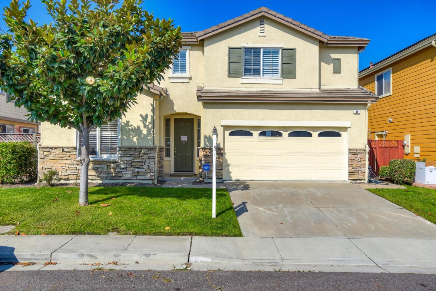 Detail Gallery Image 1 of 1 For 85 Idlewood Ct, South San Francisco,  CA 94080 - 4 Beds   3 Baths