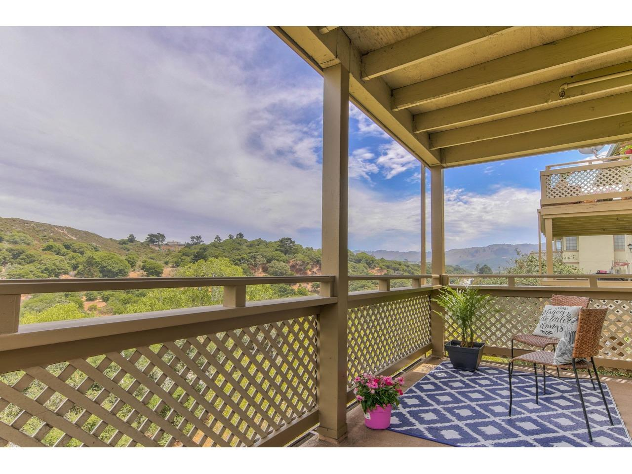 Detail Gallery Image 1 of 1 For 421 Quail Run Ct #40,  Del Rey Oaks,  CA 93940 - 1 Beds | 1 Baths