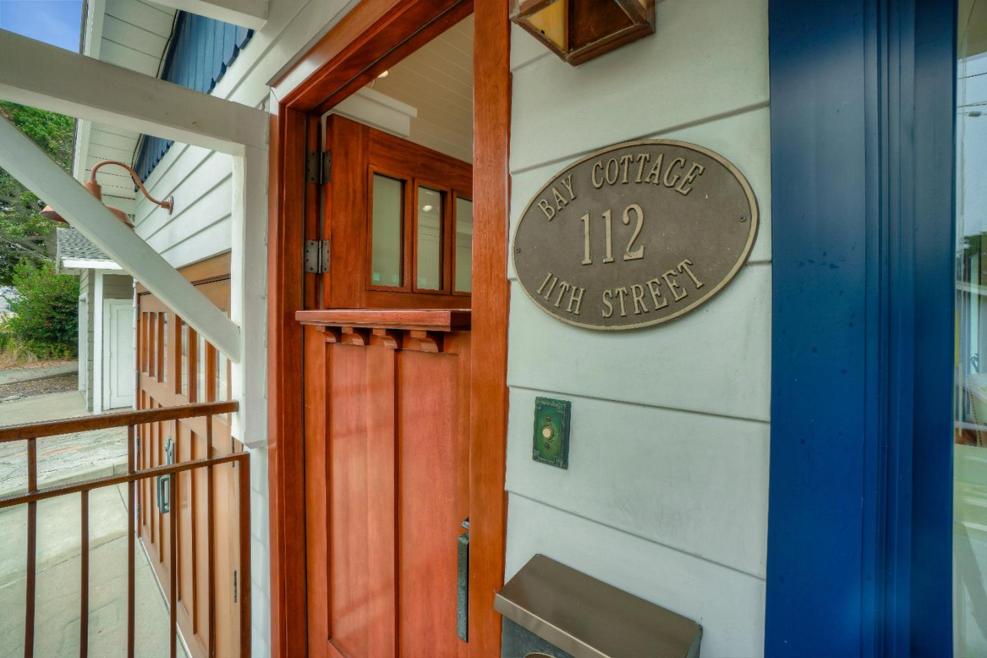 Detail Gallery Image 1 of 1 For 112 11th St, Pacific Grove,  CA 93950 - 2 Beds | 2 Baths