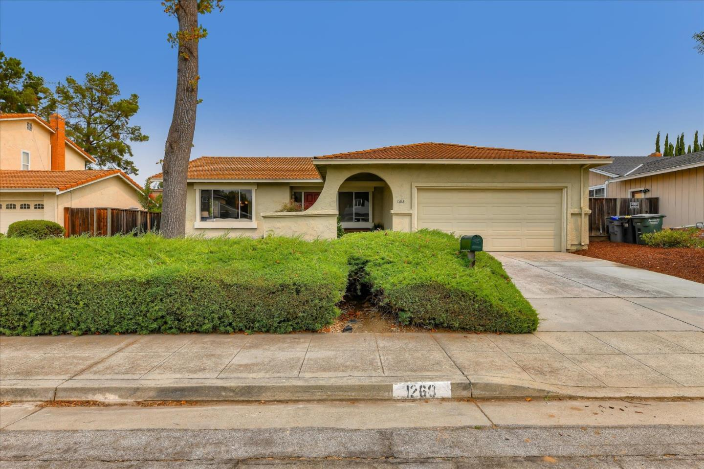 Detail Gallery Image 1 of 1 For 1268 Brookings Ln, Sunnyvale,  CA 94087 - 3 Beds | 2 Baths