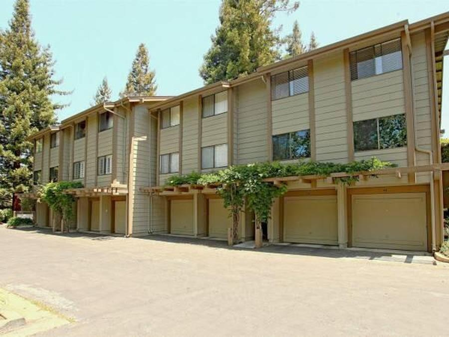 Detail Gallery Image 1 of 52 For 938 Clark Ave #45,  Mountain View,  CA 94040 - 2 Beds   2 Baths