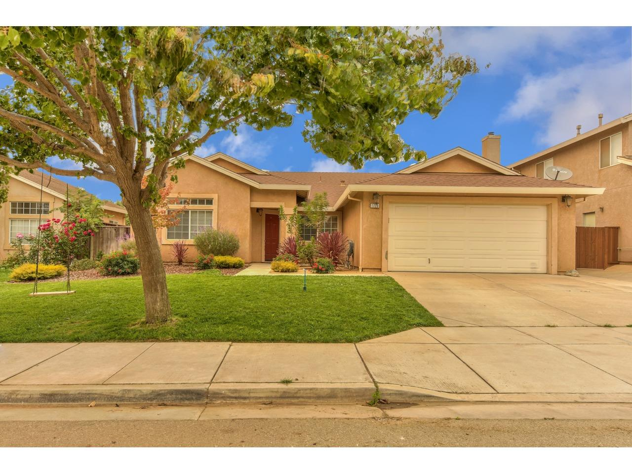 Detail Gallery Image 1 of 1 For 1729 Chianti Way, Gonzales,  CA 93926 - 4 Beds | 2 Baths
