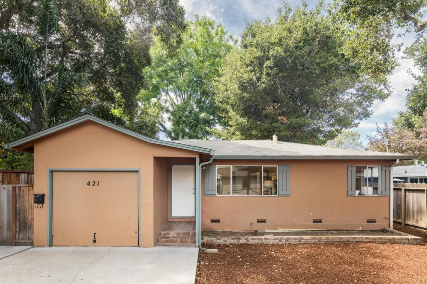 Detail Gallery Image 1 of 1 For 421 Pope St, Menlo Park,  CA 94025 - 2 Beds | 1 Baths