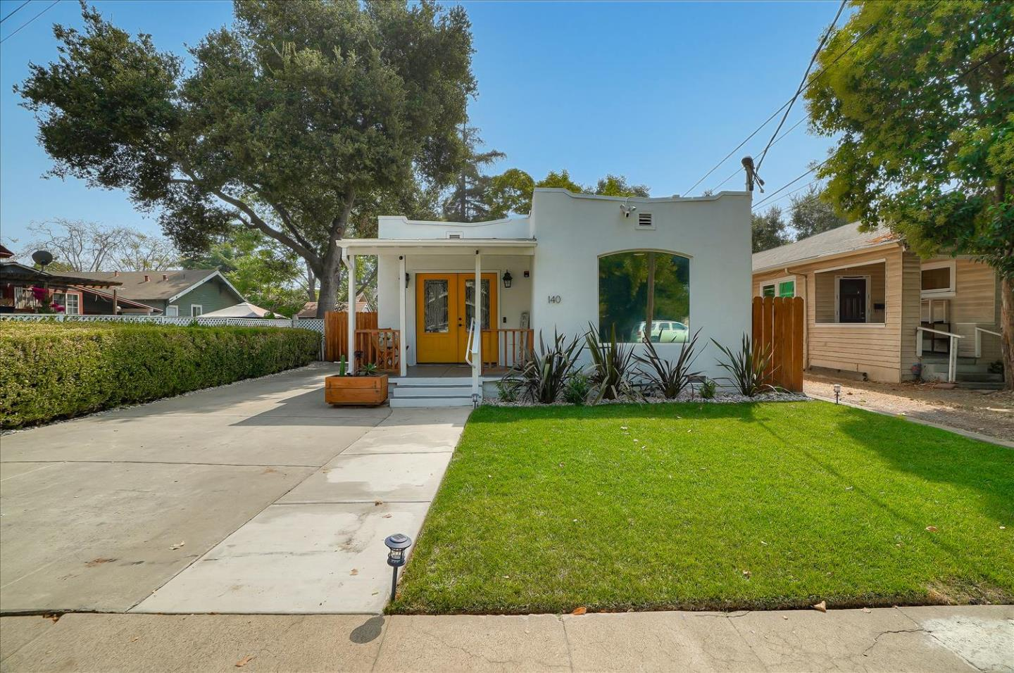 Detail Gallery Image 1 of 1 For 140 2nd St, Gilroy,  CA 95020 - 3 Beds   2 Baths
