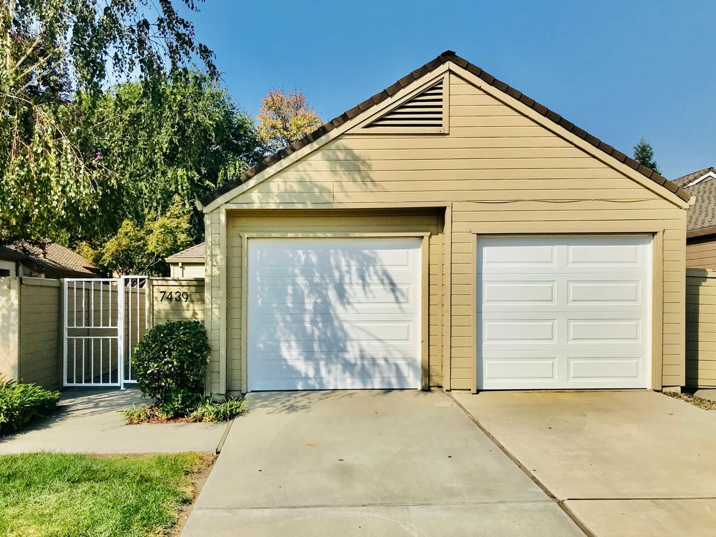 Detail Gallery Image 1 of 1 For 7439 Lighthouse Dr, Stockton,  CA 95219 - 3 Beds   2 Baths
