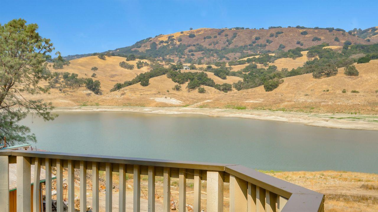 Detail Gallery Image 1 of 1 For 17510 Hoot Owl Way, Morgan Hill,  CA 95037 - 2 Beds | 1 Baths