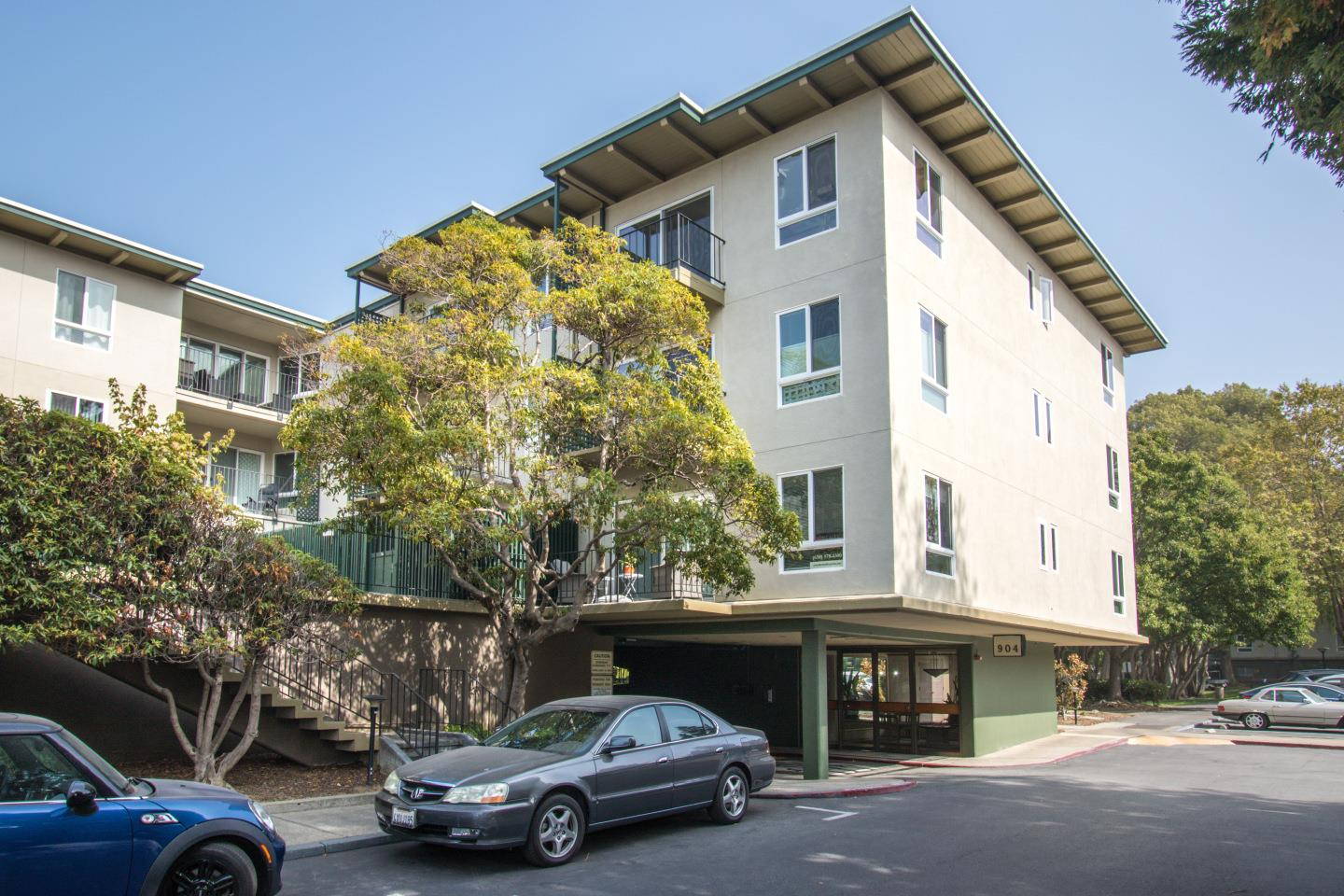 Detail Gallery Image 1 of 25 For 904 Peninsula Ave #406,  San Mateo,  CA 94401 - 1 Beds   1 Baths