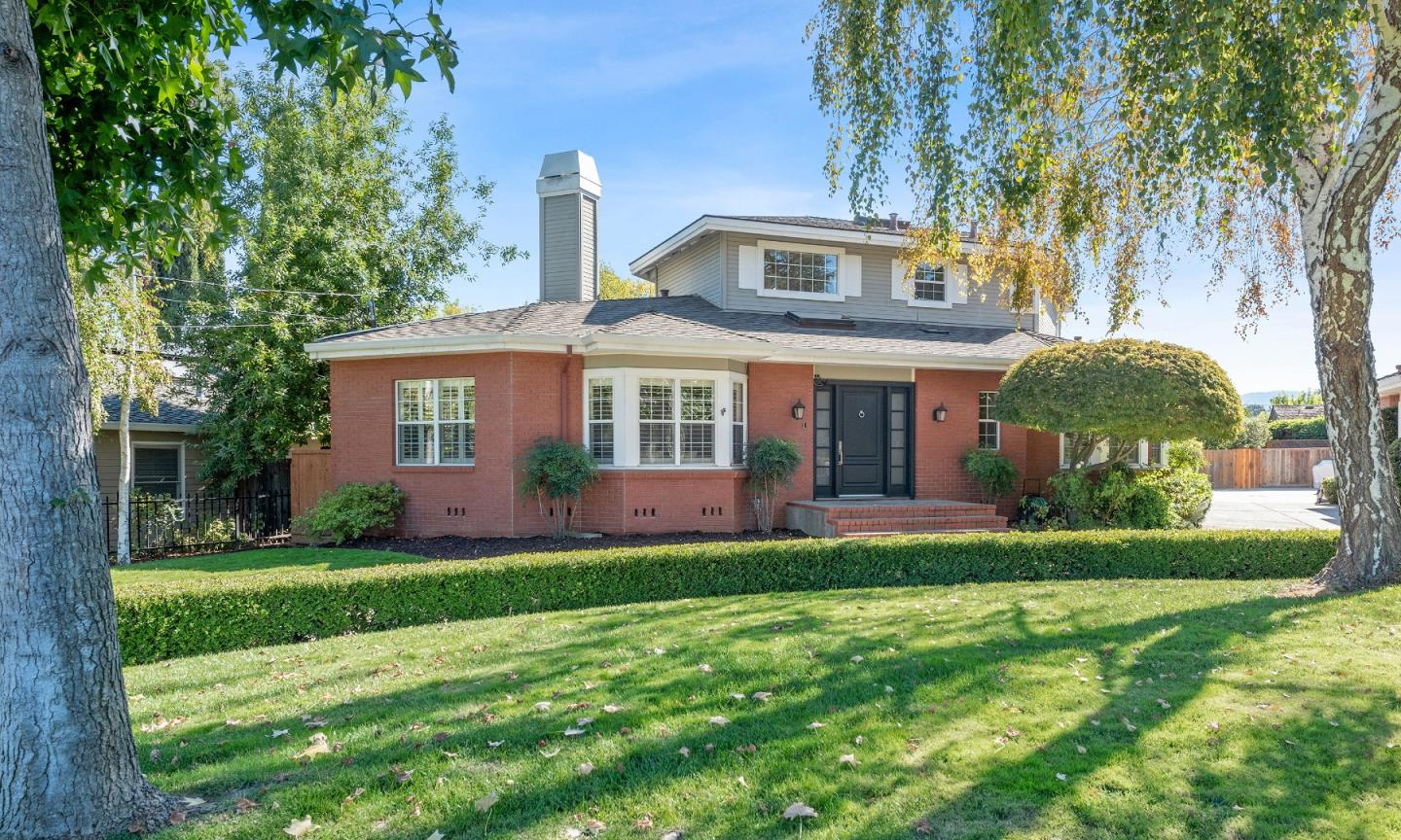 Detail Gallery Image 1 of 1 For 1380 Ranchita Dr, Los Altos,  CA 94024 - 4 Beds   3/1 Baths