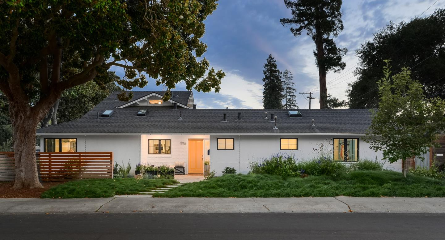 Detail Gallery Image 1 of 1 For 1796 Hamilton Ave, Palo Alto,  CA 94303 - 4 Beds | 3/1 Baths