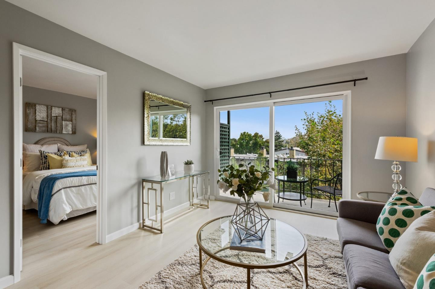 Detail Gallery Image 1 of 28 For 833 N Humboldt St #319,  San Mateo,  CA 94401 - 1 Beds | 1 Baths