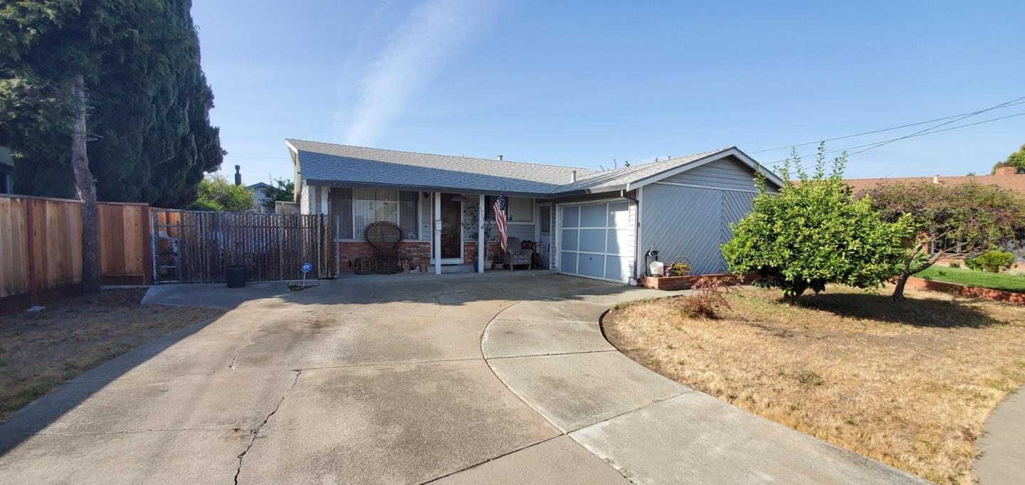 Detail Gallery Image 1 of 1 For 1753 Finch Ct, Hayward,  CA 94545 - 3 Beds   1 Baths