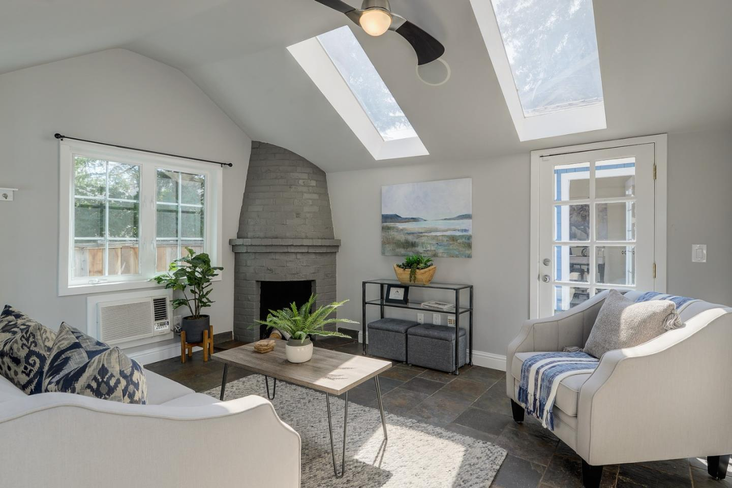 Detail Gallery Image 1 of 1 For 57 Hernandez Ave, Los Gatos,  CA 95030 - 2 Beds | 1 Baths