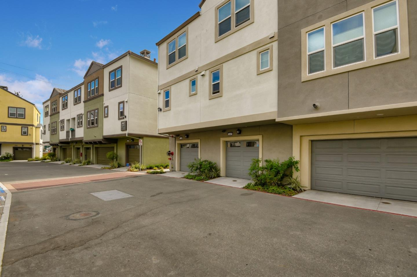 Detail Gallery Image 1 of 1 For 1487 Cherry Cir, Milpitas,  CA 95035 - 2 Beds | 1/1 Baths