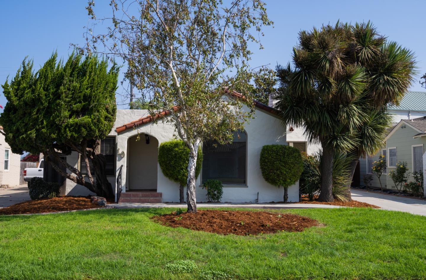 Detail Gallery Image 1 of 1 For 10 Orange Dr, Salinas,  CA 93901 - 2 Beds   2 Baths