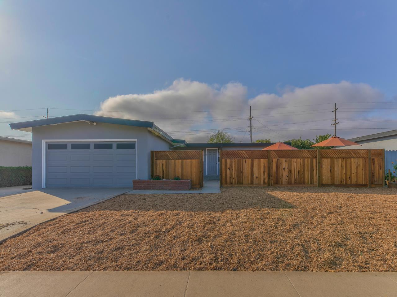 Detail Gallery Image 1 of 1 For 626 Columbia Ave, Salinas,  CA 93901 - 3 Beds | 2 Baths