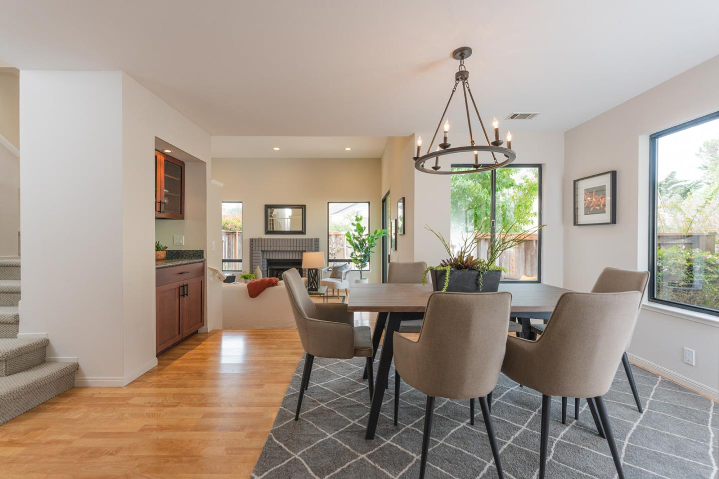Detail Gallery Image 1 of 35 For 272 Crown Cir, South San Francisco,  CA 94080 - 3 Beds   2/1 Baths