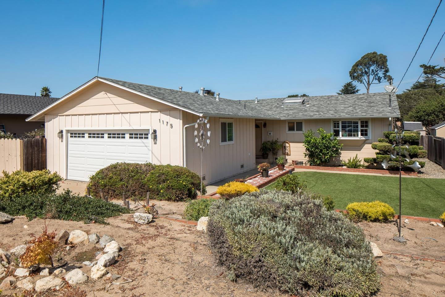 Photo of 1175 Santa Ana ST, SEASIDE, CA 93955