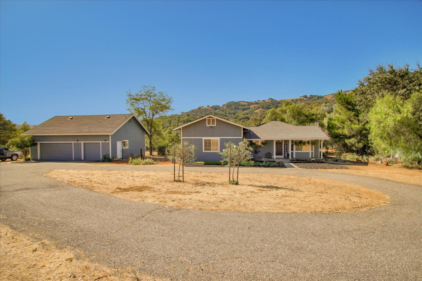 Detail Gallery Image 1 of 54 For 20015 Uvas Rd, Morgan Hill,  CA 95037 - 3 Beds | 2 Baths