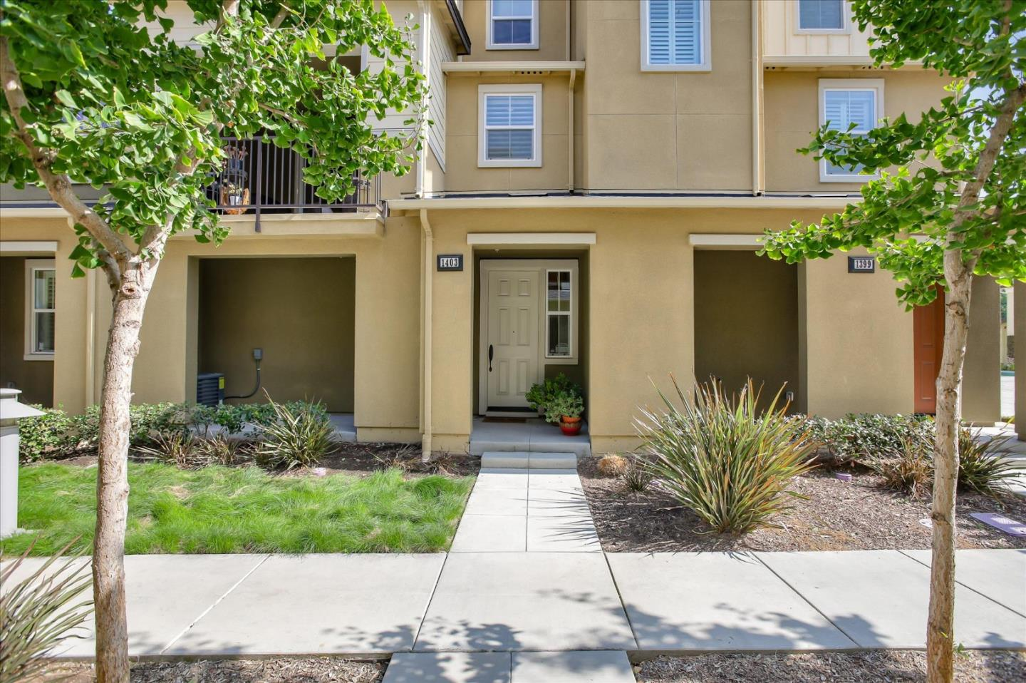 Detail Gallery Image 1 of 1 For 1403 Nestwood Way, Milpitas,  CA 95035 - 3 Beds | 2 Baths