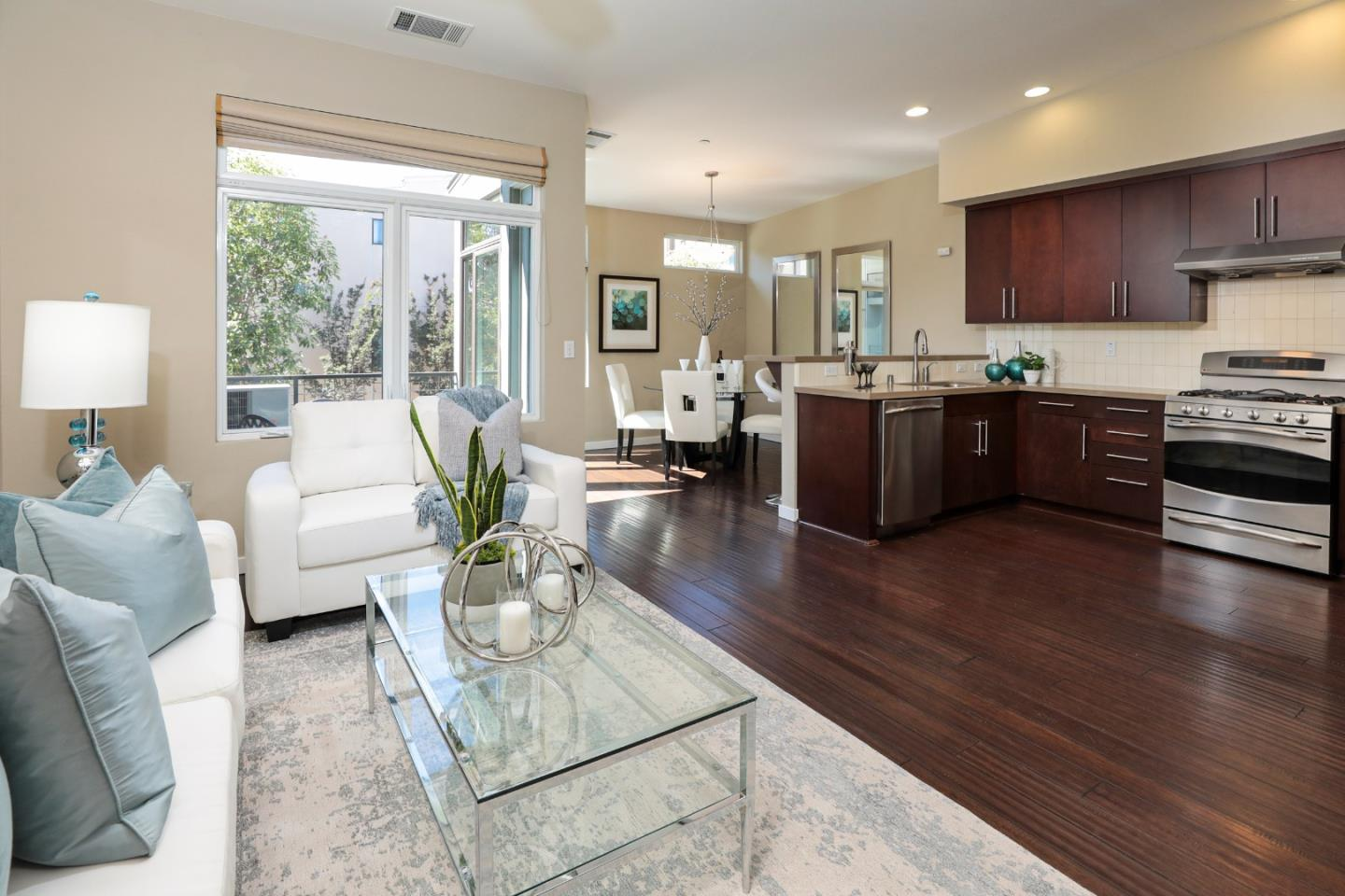 Detail Gallery Image 1 of 1 For 3291 Berryessa St #3,  Palo Alto,  CA 94303 - 3 Beds | 2 Baths
