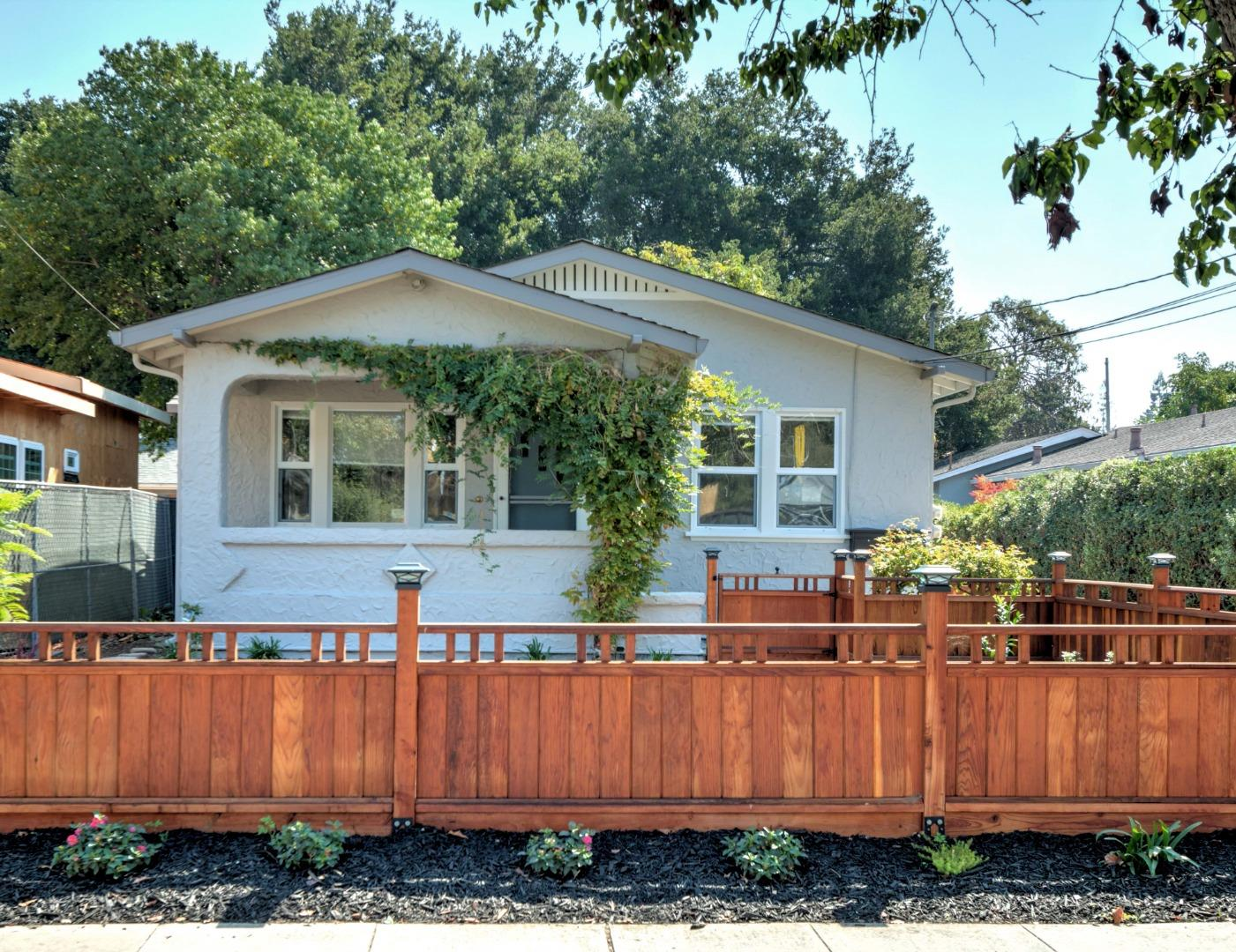 Detail Gallery Image 1 of 1 For 645 Ehrhorn Ave, Mountain View,  CA 94041 - 2 Beds | 1 Baths
